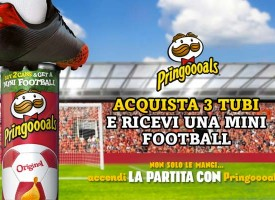 Una Mini Football in regalo da Pringles