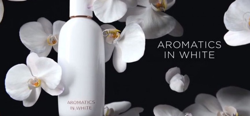 Prova la nuova fragranza Aromatics in White e vinci una beauty box