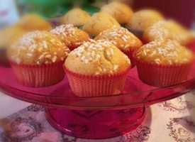 Muffin soffici al latte caldo