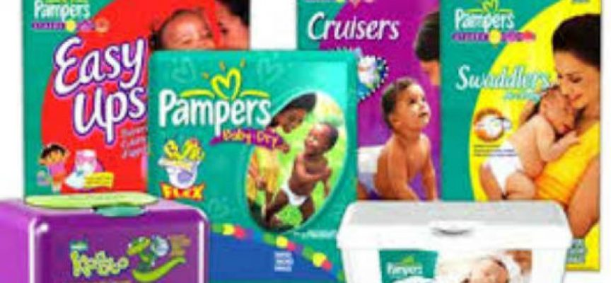 Pampers ti regala il porta pigiama e la borraccia